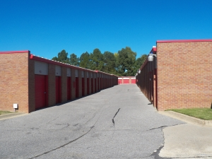Collierville self storage from Devon Self Storage - Shelby