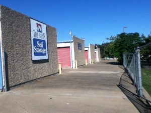 photo of Tri Star Self Storage - Bosque Blvd