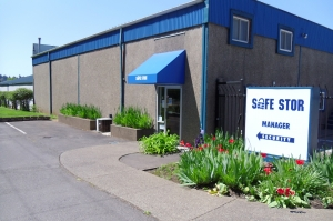 Salem self storage from Safe Stor - River Road South