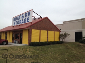 Stafford self storage from CubeSmart Self Storage