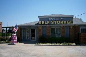 Garland self storage from Security Self Storage - Spring Valley