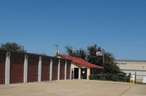 photo of StorQuest Self Storage - Dallas
