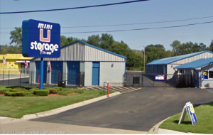 Warren self storage from Mini U Storage - Groesbeck II