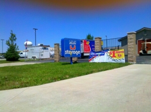 Naperville self storage from Mini U Storage - Romeoville