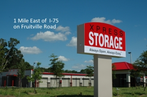 Sarasota self storage from Xpress Storage - Fruitville Road