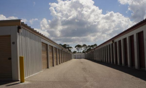 Cape Coral self storage from Pine Island Storage