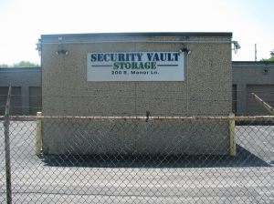 Lombard self storage from Security Vault Storage
