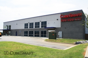 Roswell self storage from CubeSmart Self Storage