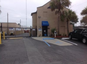 Charleston self storage from Uncle Bob's Self Storage - Mt Pleasant