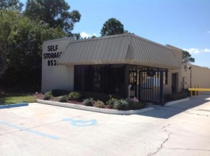 Fort Pierce self storage from Uncle Bob's Self Storage - Port St Lucie