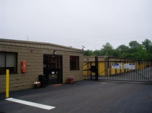 Ansonia self storage from Uncle Bob's Self Storage - North Haven