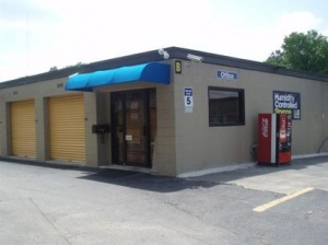 Homewood self storage from Uncle Bob's Self Storage - Birmingham - Ward Way