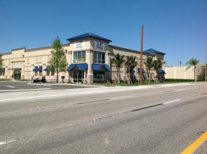Cape Coral self storage from Uncle Bob's Self Storage - North Fort Myers