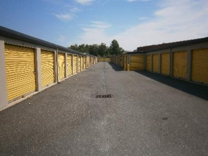 Uncle Bob's Self Storage - Landover - Photo 4
