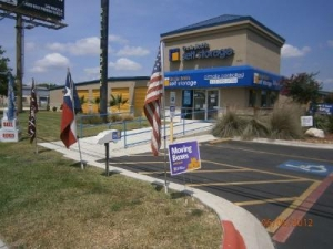 San Marcos self storage from Uncle Bob's Self Storage - San Marcos - Ih-35 S