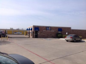 Irving self storage from Uncle Bob's Self Storage - Euless