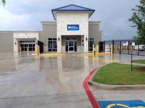 San Antonio self storage from Uncle Bob's Self Storage - San Antonio - Hunt Ln