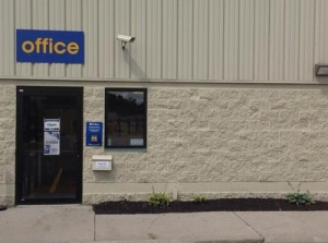Webster self storage from Uncle Bob's Self Storage - Webster - Creek St