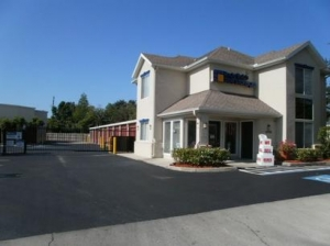 St Petersburg self storage from Uncle Bob's Self Storage - Pinellas Park