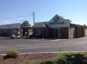 Life Storage - Florissant - Washington Street