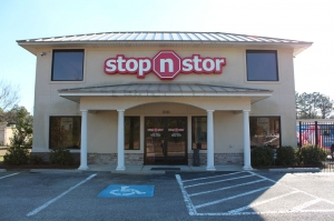 Hinesville self storage from Stop N Stor 1