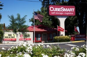 Sacramento self storage from CubeSmart Self Storage