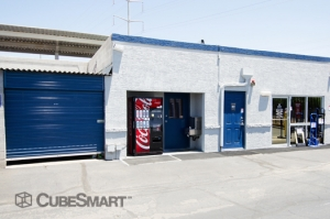 Apache Junction self storage from CubeSmart Self Storage