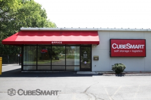 Hartford self storage from CubeSmart Self Storage