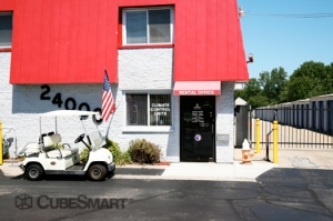 North Olmsted self storage from CubeSmart Self Storage