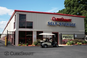 Manchester self storage from CubeSmart Self Storage