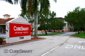 Delray Beach self storage from CubeSmart Self Storage