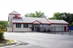 Edgewood self storage from CubeSmart Self Storage