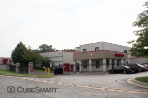 Gaithersburg self storage from CubeSmart Self Storage