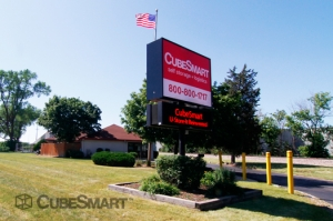Carol Stream self storage from CubeSmart Self Storage