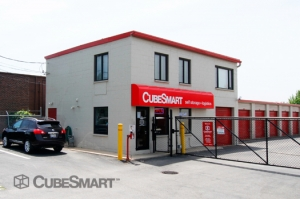 Mundelein self storage from CubeSmart Self Storage