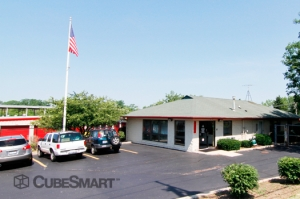 Naperville self storage from CubeSmart Self Storage