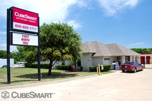 McKinney self storage from CubeSmart Self Storage