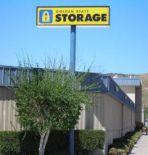 Chatsworth self storage from Golden State Storage - Santa Clarita