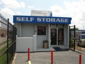 Pasadena self storage from Your Storage Place - Houston - Gulf Fwy