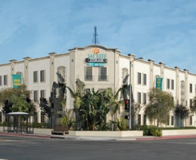 Los Angeles self storage from Saf Keep Self Storage - Los Angeles - Melrose Avenue