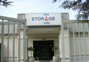 Modesto self storage from Ellis Storage at Tully and Silverwood RV Parking