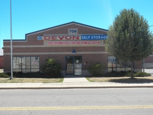 Lansing self storage from Devon Self Storage - Lansing