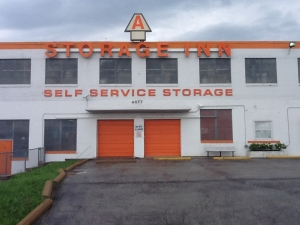 St Louis self storage from A Storage Inn - Kingshighway