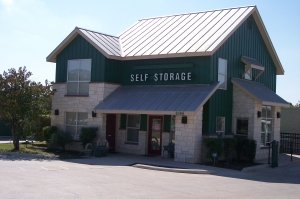 Helotes self storage from Watson & Taylor Self Storage - Babcock