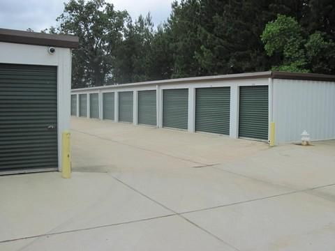 3001 White Blvd Pearl, MS 39208 - Drive-up Units