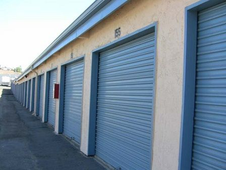 2430 S Santa Fe Ave Vista, CA 92084 - Drive-up Units
