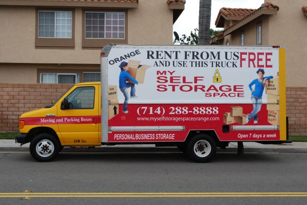 224 N McPherson Rd Orange, CA 92869 - Moving Truck