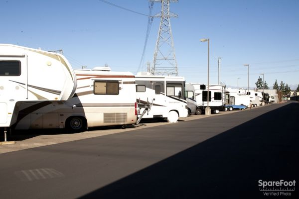 1934 E Taft Ave Orange, CA 92865 - Car/Boat/RV Storage