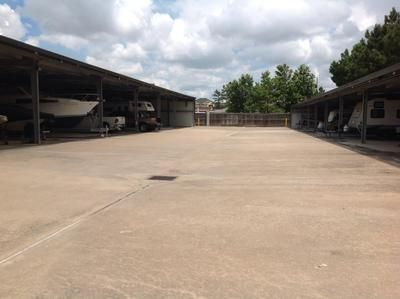 2499 S Mason Road Katy, TX 77450 - Driving Aisle