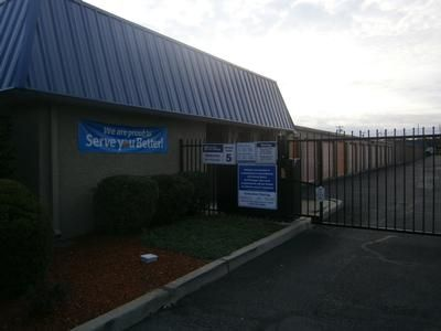 1555 Livingston Ave North Brunswick, NJ 08902 - Security Gate